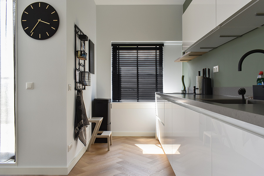 houten jaloezie zwart keuken
