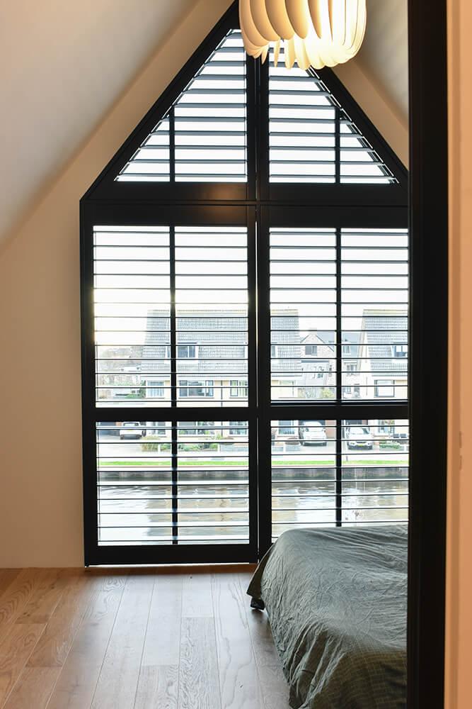 shutters speciale vorm puntraam